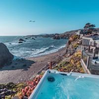 Seamist Beach Cottage, Private Beach & Ocean views, hotel in Bodega Bay