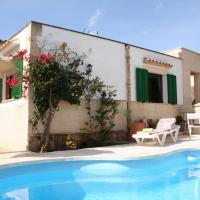 Casa Sergi mit kleinem Pool und Wifi