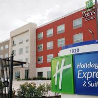 Holiday Inn Express & Suites - Houston IAH - Beltway 8, an IHG Hotel