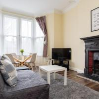 Characterful One Bedroom Apartment by Roath Park!
