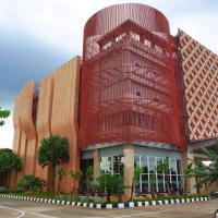 Hotel Q Kubu Raya, hotel near Supadio Airport - PNK, Pontianak
