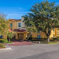 La Quinta Inn by Wyndham San Antonio I-35 N at Toepperwein, hotel in San Antonio