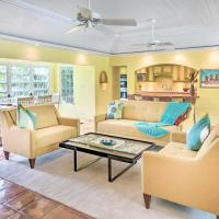 Bright St Thomas Getaway with Pool, 3Mi to Magens Bay