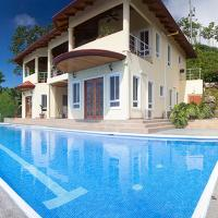 Spacious Ojochal House - Ocean View and Private Pool!