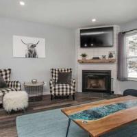 Powder Mountain Wolf Lodge Condo Remodeled! Elegant! Outdoor Community Pool 706