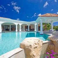 La Salamandre 4 - Lagoon front villa in Terres Basses with massive pool