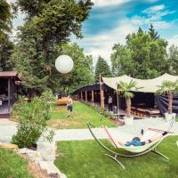 ClamLive Lodge