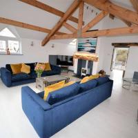 ECHO BEACH-4 BED LUXURY HOUSE-TREARDDUR BAY