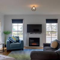 5 Bedroom Close to Beach and Moorpanyal Park, hotel em North Shore