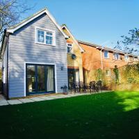 Venetia Luxe Cottage - 5* Premium Home