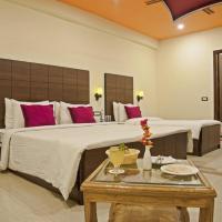 Spring Sky Mughalsarai By ShriGo Hotels, hotel in Mughal Sarāi
