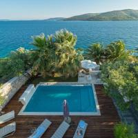 Luxury Beachfront Villa Sunshine Trogir with private heated pool and sauna at the beach in Trogir - Seget Vranjic