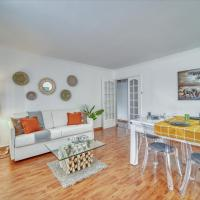 Chic and spacious apart with parking