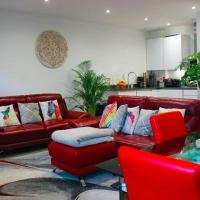 Chic Apartment in London near Royal Air Force Museum
