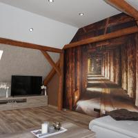 Außergewöhnliche Dachgeschosswohnung, Hotel in Königslutter am Elm