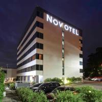 Novotel Sydney West HQ, hotel em Rooty Hill