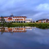 Mercure Kooindah Waters Central Coast, hotel in Wyong
