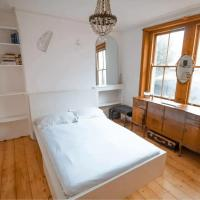Characterful 2 Bedroom With Large Terrace