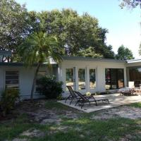 This home is perfect for the large family or two family vacation!