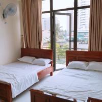 Nhà Nghỉ Hoàng Việt, hotel in Binh Tân
