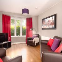 Bright, Comfy & Homely base for 4, & free parking!