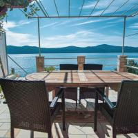 3 Bedroom Beach House with private sea access