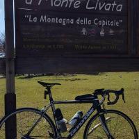 """Monte Livata , appartamento """"Rubino"""", hotel in Subiaco"""