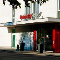 InterCityHotel Darmstadt, hotel in Darmstadt