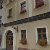 Zajazd pod złotym gryfem – hotel w mieście Bardo