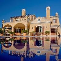 Ludo Villa Sleeps 10 Pool Air Con WiFi