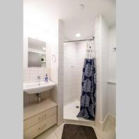 Short walk to MGH, great unit to stay inside, hotel in Beacon Hill, Boston