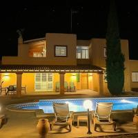 Colonia de Sant Jordi Villa Sleeps 10 Pool Air Con