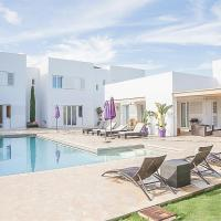 Colonia de Sant Jordi Villa Sleeps 11 Pool Air Con