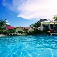 Garden Village Resort, hotel in Moalboal
