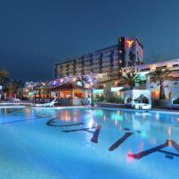 Ushuaia Ibiza Beach Hotel - Adults Only, hotel in Playa d'en Bossa
