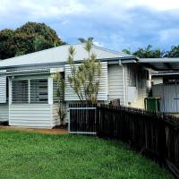 2 bedroom cottage, hotel near Townsville Airport - TSV, Townsville