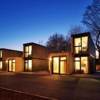 Modern ausgebauter Überseecontainer als Tiny House