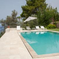 Exclusive 6 Bedroom Villa with Private Pool, Mallorca Villa 1004