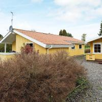 Three-Bedroom Holiday home in Stege 8