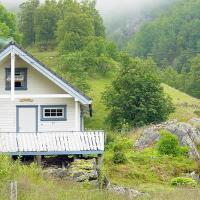 Three-Bedroom Holiday home in Åkra
