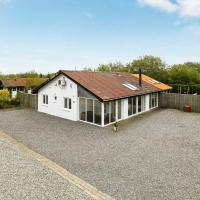 Four-Bedroom Holiday home in Vinderup 2