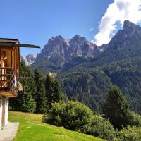 "The ""small"" Maso Raris Alpine Chalet & Dolomites Retreat"