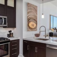 Lake Union LUX Waterview 30 day Rentals