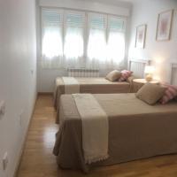 Asturias - Puerto de Vega- Ático 2 dormitorios, hotel u gradu 'Puerto de Vega'