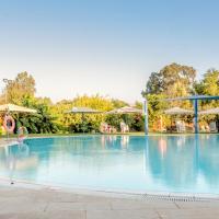 The Village- Jordan Riverside Travel Hotel, מלון בשדה נחמיה