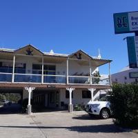 Bay Executive Motel, hotel in Batemans Bay