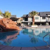 Kantada in the Sun - Poolside Retreat, hotel in Santa Clara