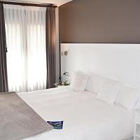 Hotel El Acebo, hotel in Jaca
