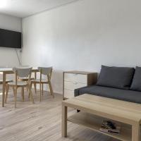 Moderne Ferienwohnung / Monteurwohnung / Übergangswohnung mit Balkon (SAD151)