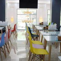 SAMBLUE HOTEL, hotel in Binh Tân
